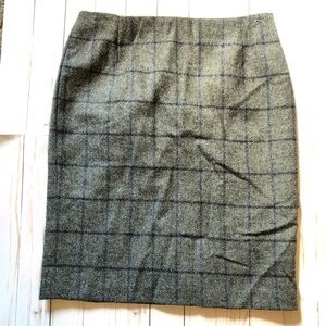 Boded British Tweed By Moon Wool Check Skirt